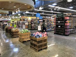 アメリカのスーパー店内の写真