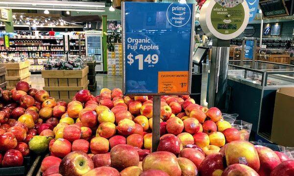 ホールフーズのりんご